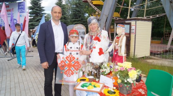 Алексей МУРЫГИН вручил многодетным семьям сертификаты на улучшение жилищных условий