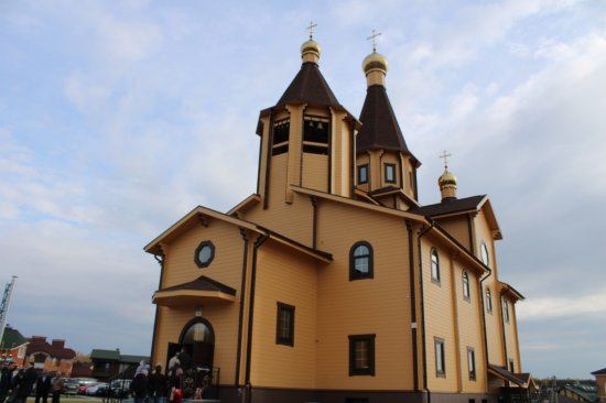 Алексей Мурыгин принял участие в открытии храма в деревне Чандрово
