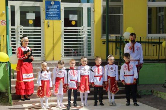 Алексей Мурыгин поздравил коллектив детского сада №203 с днем рождения второго корпуса учреждения